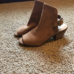 Lucky Brand Shoes
